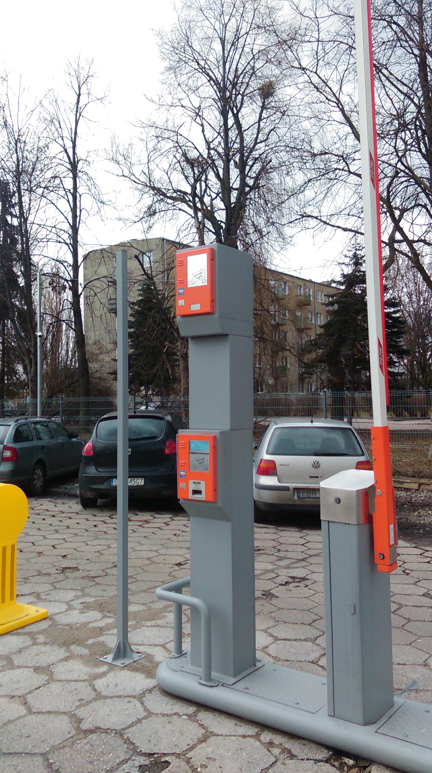System Parkingowy dla pojazdów TIR i osobowych